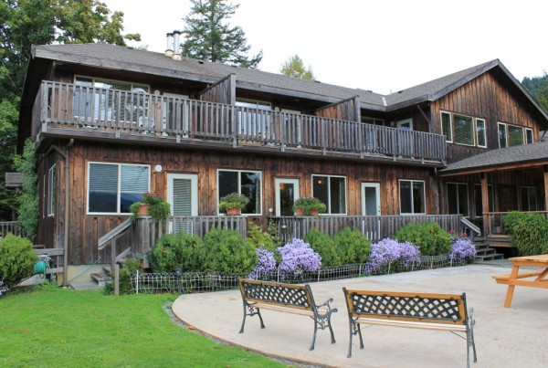 Kiwi Cove Lodge3